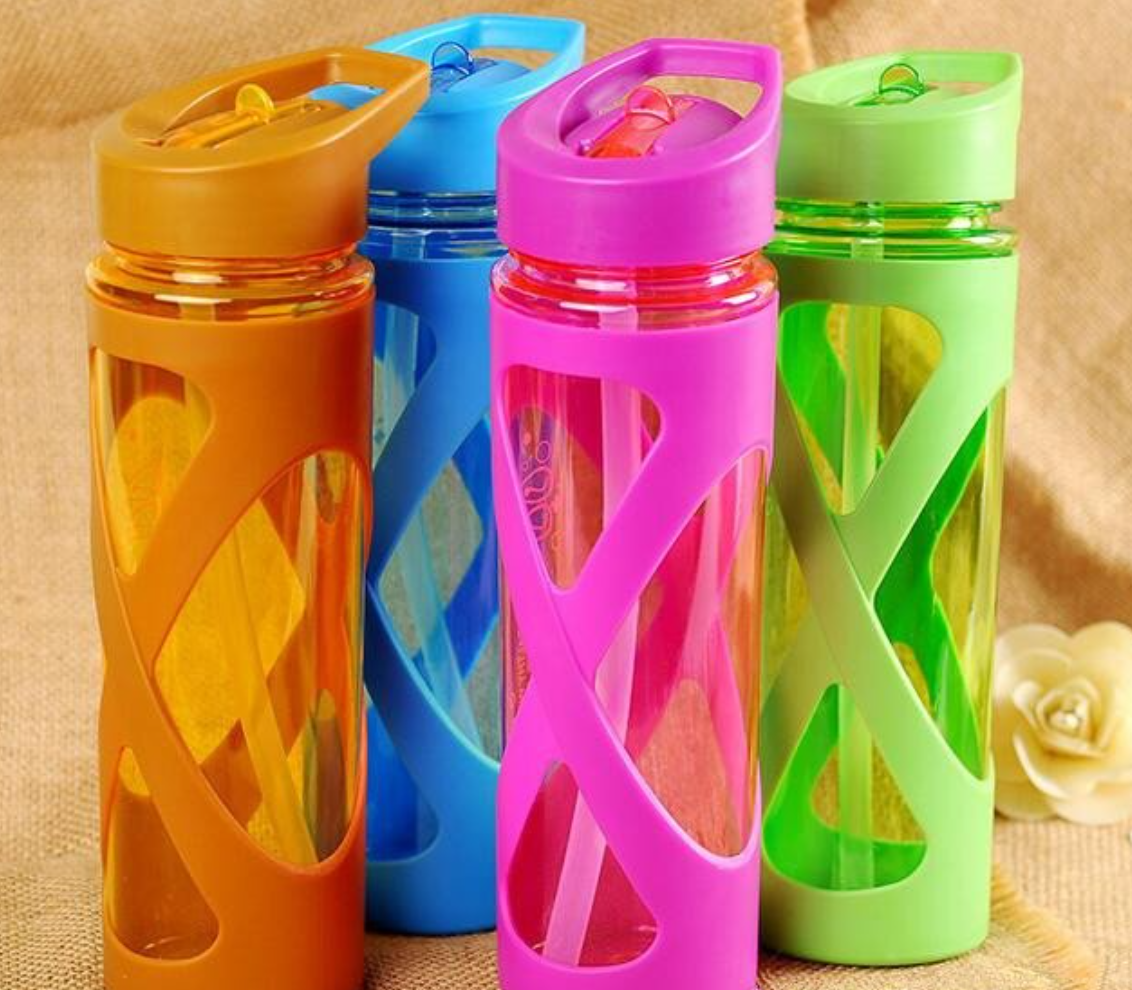 leak proof water bottles with plastic sleeves