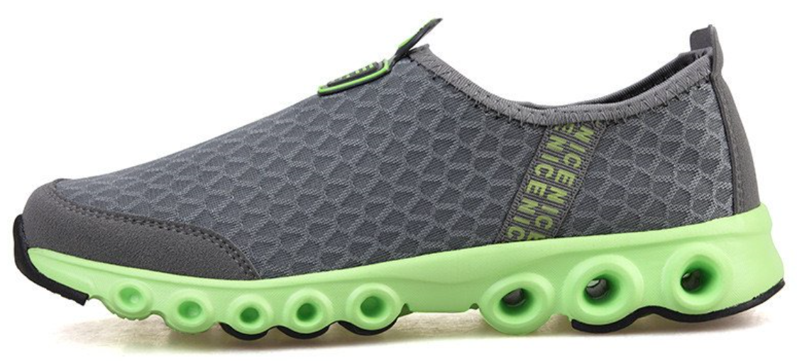 super-light mesh sports shoes