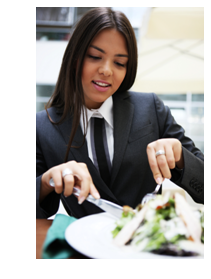 Cutting your salad: a business dinner no-no
